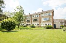 2 bed Maisonette to rent in Hughenden Road...