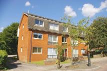 2 bed Flat to rent in Carlisle Avenue...