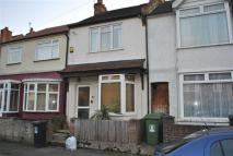 Terraced home to rent in North Watford