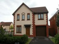 Detached home to rent in Olivier Close...