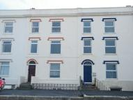 Flat in George Street, Berrow...