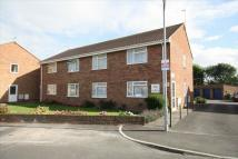 2 bed Flat to rent in Briar Close...