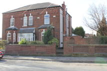 4 bedroom semi detached house in Taunton Road...