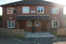Flat to rent in Ambleside, Stalybridge...