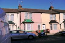 4 bedroom house to rent in Garfield Road, Gillingham