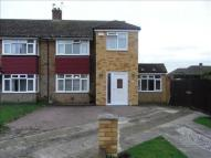 4 bedroom semi detached house to rent in Gravesend, DA12