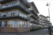 Apartment to rent in Greenhithe, DA9