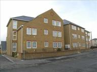 2 bedroom Apartment in Gravesend, DA11