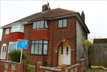 3 bed semi detached property to rent in Central Avenue...