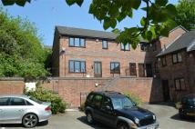 Apartment to rent in Pownall Square...