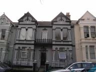 18A Connaught Avenue Flat to rent