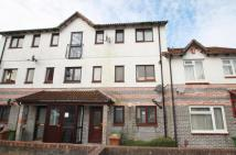 Flat to rent in Washbourne Close...