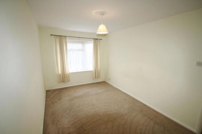 MasterBedroom-2-bed-flat-WentwoodGardens-Plymouth