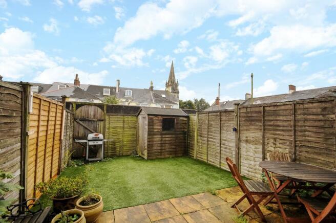 Garden-3bed-terracedhouse-DrakeCourt-Plymouth