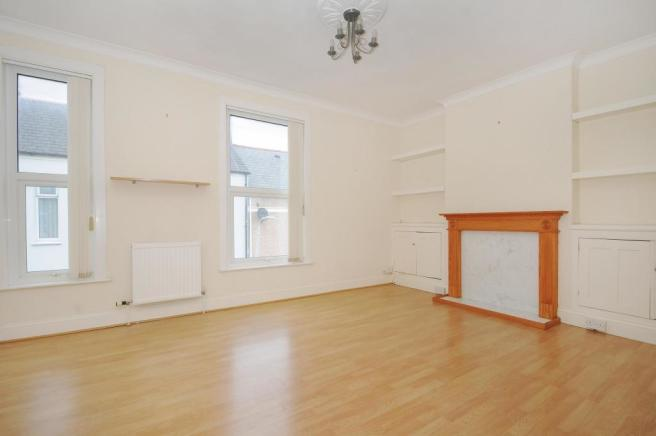 Lounge-1-bed-flat-BritanniaPlace-Plymouth