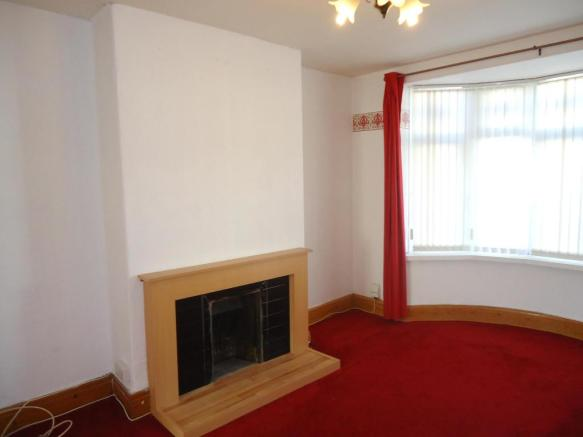 Lounge-3-bed-house-MainstoneAvenue-Plymouth