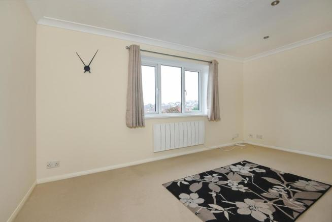 Lounge-1bedflat-BroomPark-Plymouth