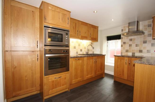 Kitchen-2-bed-cottage-BarrackStreet-Plymouth