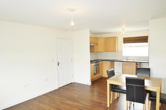 Lounge/Kitchen-2-bed-flat-JunctionGardens-Plymouth