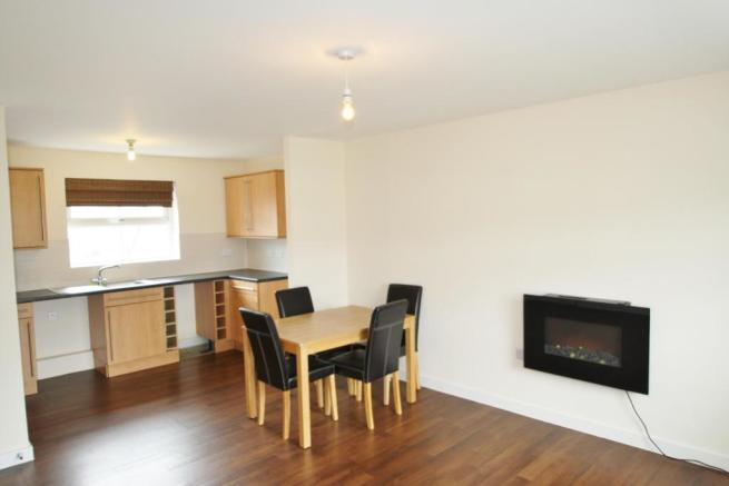 Kitchen/Lounge-2-bed-flat-JunctionGardens-Plymouth