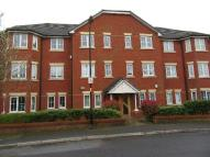 Flat to rent in Chelsfield Grove...
