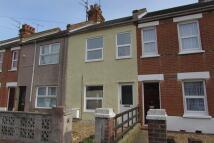 2 bedroom Terraced house in Warwick Road...