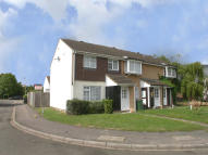 3 bed semi detached property in Houghton Regis, Dunstable