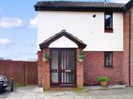 1 bed house in Doyle Close, Erith...