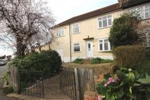 4 bed semi detached home in Green Walk, Crayford...