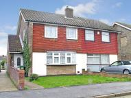 3 bed semi detached property in Glebelands , Crayford...