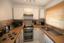 Flat to rent in Arundel Road, DARTFORD...