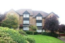 Studio flat in Knights Manor Way...