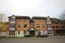 Apartment to rent in Osbourne Road, Dartford