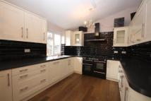 semi detached property to rent in Chastilian Road, Dartford