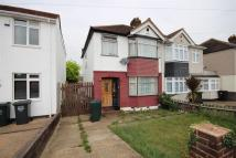 property to rent in James Road