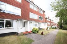 Maisonette to rent in Oakfield Lane, Dartford