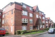 2 bed Flat to rent in Bow Arrow Lane, Dartford