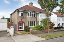 Ranleigh Gardens semi detached property to rent