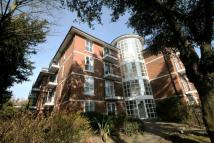2 bedroom Apartment in Widmore Road, Bromley