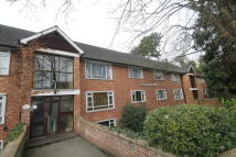 2 bedroom Apartment to rent in Old Hill, Chislehurst
