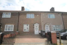 3 bedroom Terraced house in Launcelot Road...