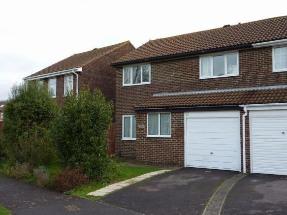4 bedroom semi-detached house for sale in Fair Isle Close ...
