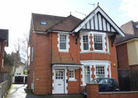 Flat for sale in Bryanstone Road...