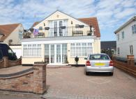 3 bedroom Detached Bungalow for sale in Kings Parade...