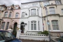 Flat to rent in Pallister Road...