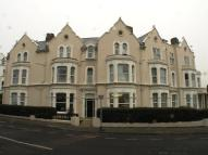 Flat in Marine Parade East...