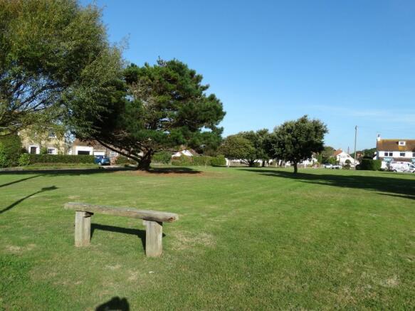 Beach Estate Green