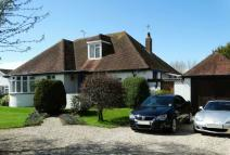 Chalet for sale in Felpham Village