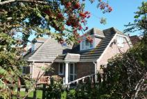 4 bed Detached house for sale in SELSEY