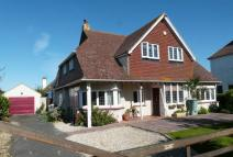 Detached property in SELSEY